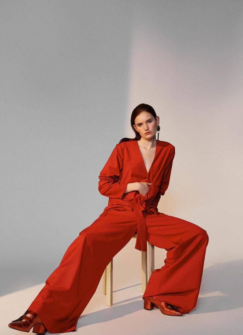Laura Palm - Rouge et Blanc - Jungle Magazine